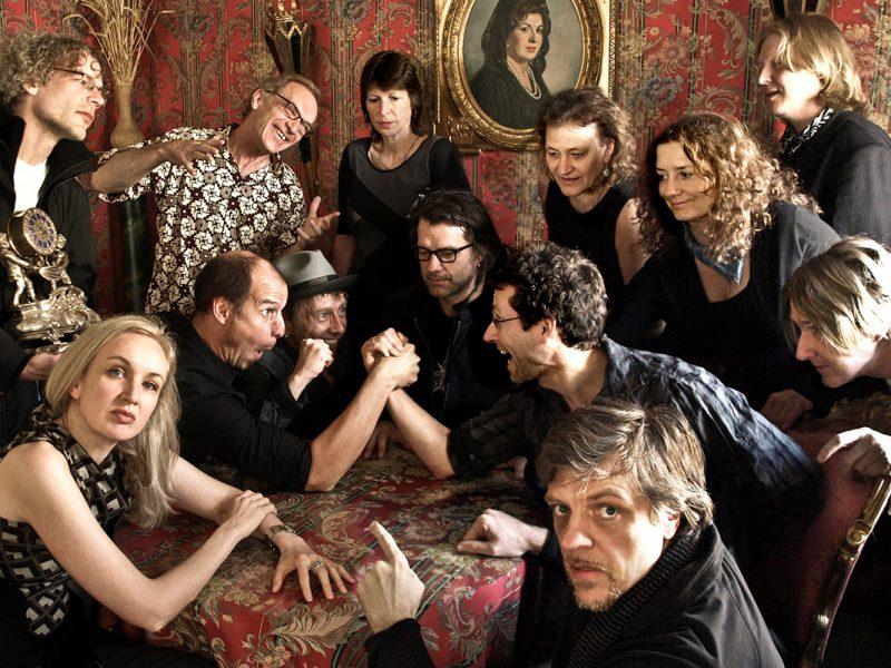 17 Hippies - Spanien 2009